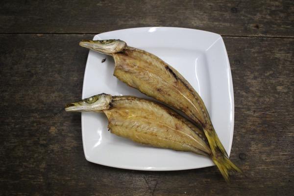 釣った魚は干物の燻製という選択手段もある